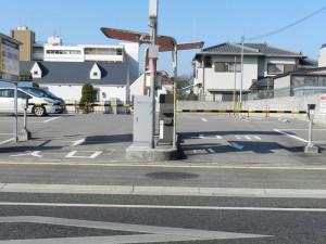 某マンション・駐車場(ゲート)_No1_01